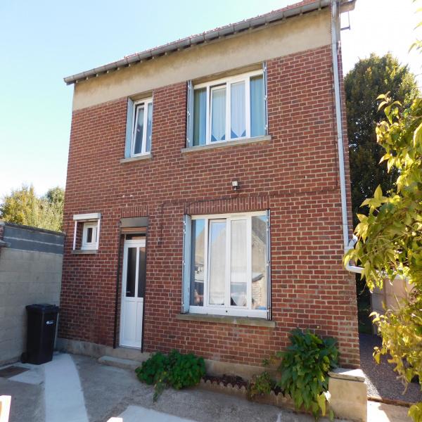 Offres de vente Maison de village Nesle 80190
